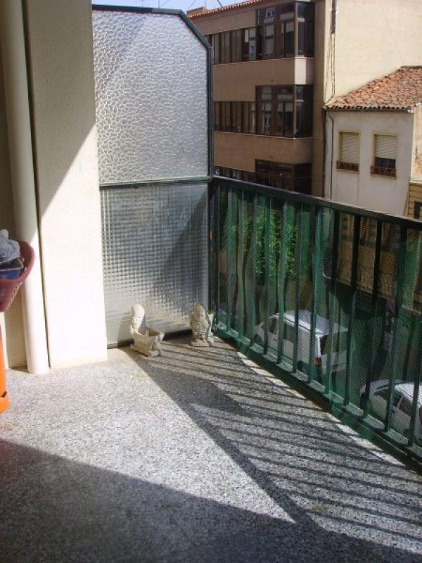 piso en almansa zona viviendas de embargo