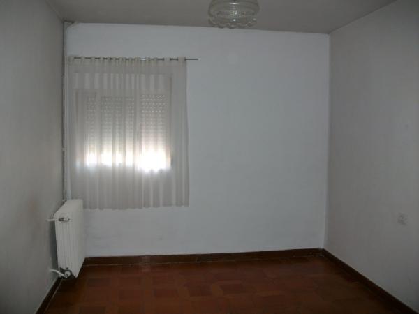 Piso en tarancon zona viviendas de embargo for Pisos de alquiler en tarancon
