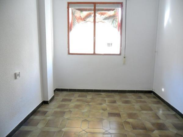 Piso en murcia zona viviendas de embargo for Pisos en vistabella murcia
