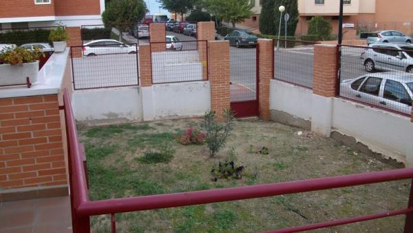 Piso en ciempozuelos zona viviendas de embargo for Piscina ciempozuelos