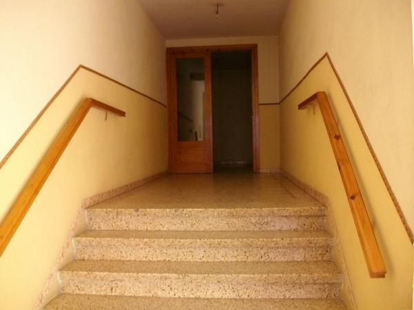 piso en casillas de retamar zona viviendas de embargo