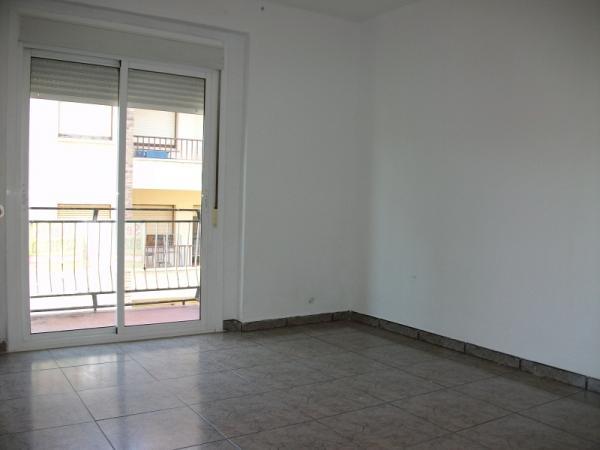 piso en binefar zona viviendas de embargo